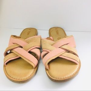 Toms Coral Pink Suede Val Sandal Size 6